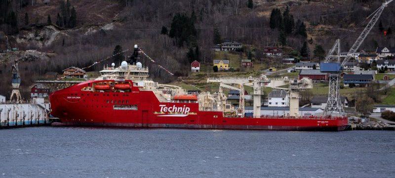 technips-diving-support-vessel-deep-explorer